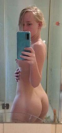 My slutty body in side view!