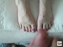 I love feet and I love feet with cum on them