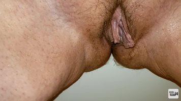 Tub pee